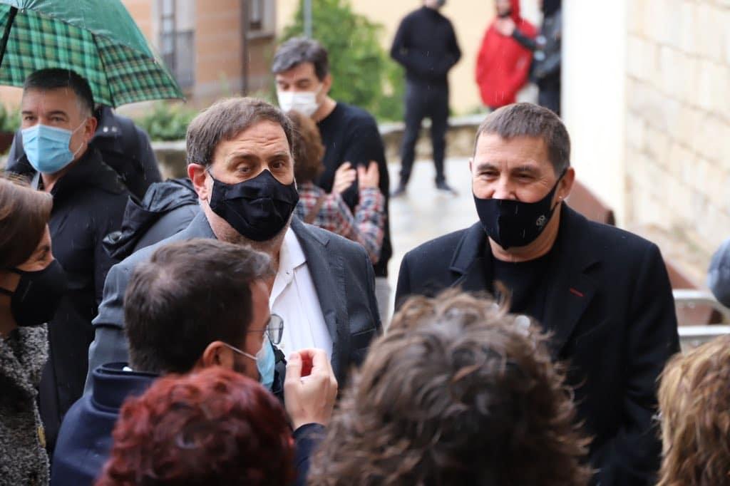 Elecciones Cataluña 14-F: Oriol Junqueras y Arnaldo Otegi.