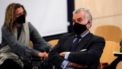 Bárcenas declara que entregó a Aguirre 60.000 euros de un constructor