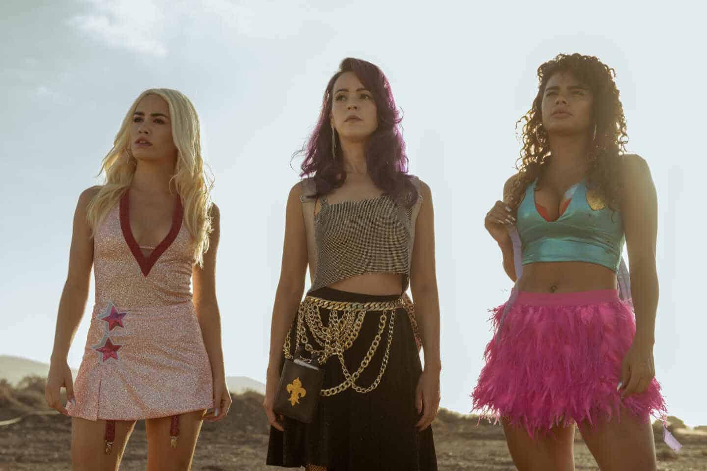 Fotos del rodaje de Sky Rojo donde aparecen las actrices Verónica Sánchez, Yany Prado y Lali Espósito