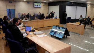 El Tribunal suspende el juicio de la 'caja B' hasta que el acusado con Covid se recupere
