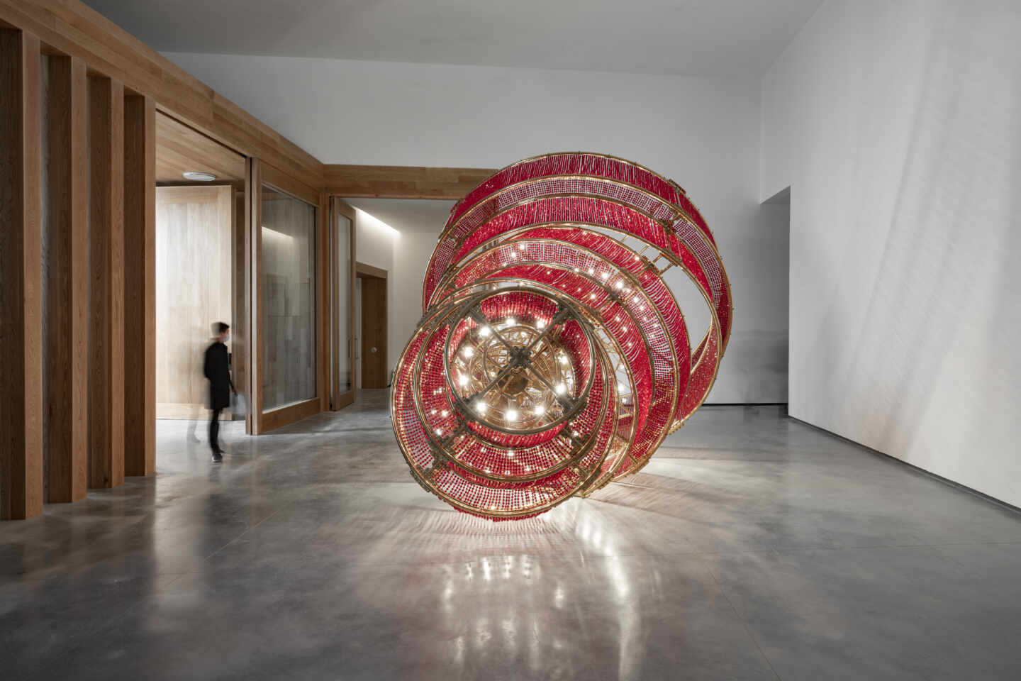 Descending Light (2007), Ai Weiwei.