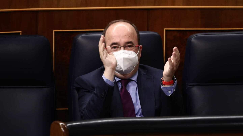 Miquel Iceta, primer ministro del Gobierno Sánchez vacunado con Astrazeneca