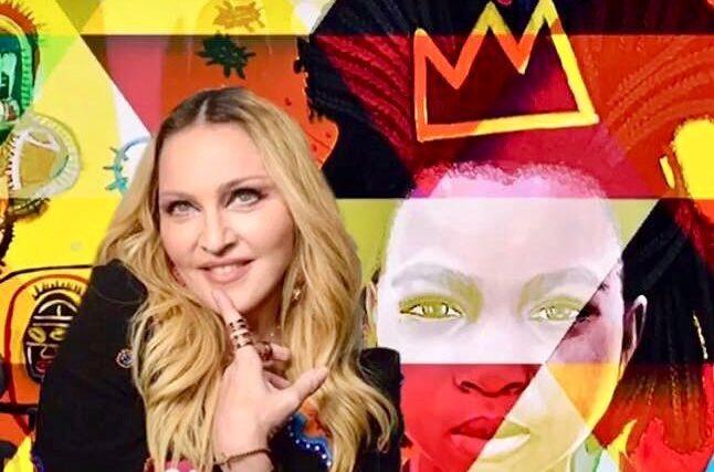 Madonna con su mural de Makela