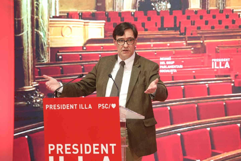 Salvador Illa preside la primera reunión del nuevo grupo parlamentario socialista