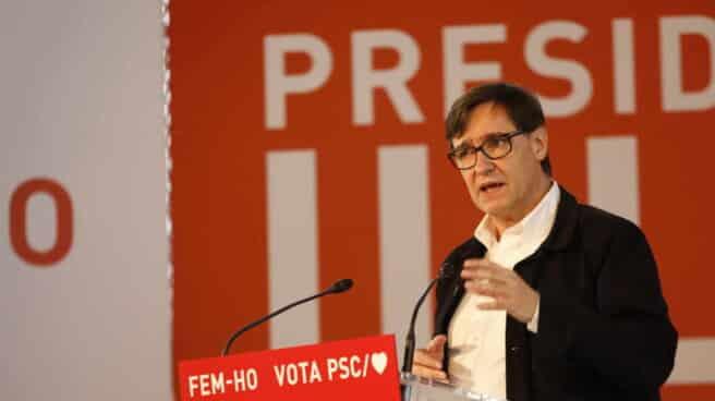 Salvador Illa durante un acto de campaña electoral
