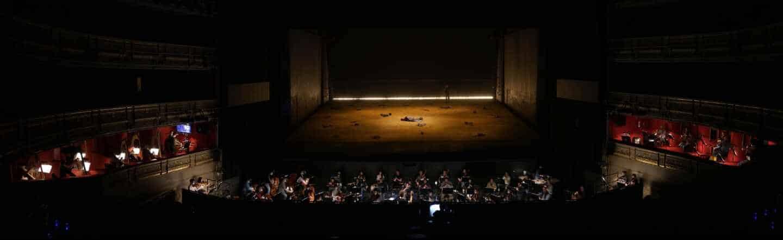 El Teatro Real reta a la pandemia con Wagner y músicos hasta en los palcos