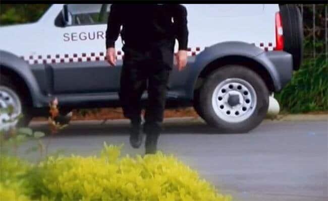 Un agente de seguridad privada