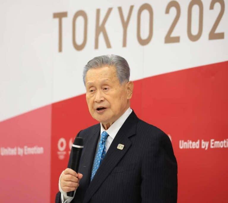 """""""Las reuniones con mujeres duran mucho"""": la frase que ha acabado con el jefe de Tokio 2020"""