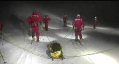 La UME realiza un simulacro de Búsqueda y Rescate de noche y con esquís