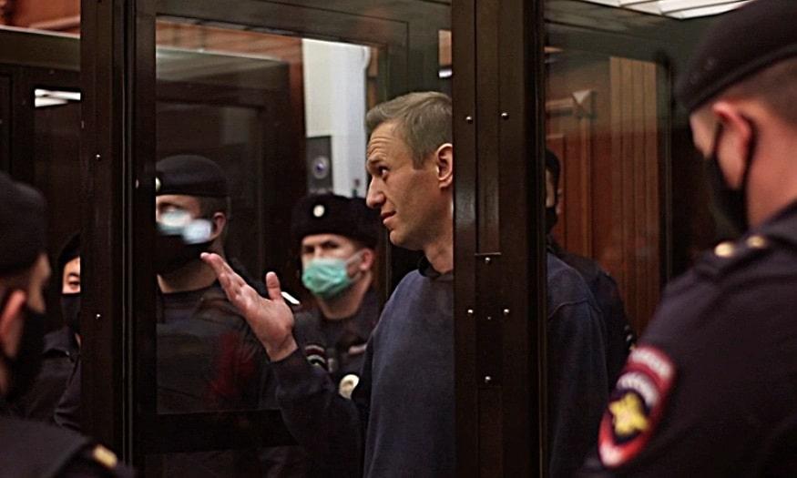 El líder opositor ruso, Alexei Navalni, durante su juicio.