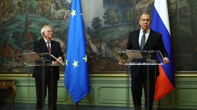 Josep Borrell y Serguei Lavrov, en su rueda de prensa conjunta en Moscú.