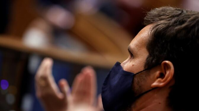 """Casado echa el freno: el PP pide """"calma"""" en la absorción de Cs para no ahuyentar a Arrimadas"""