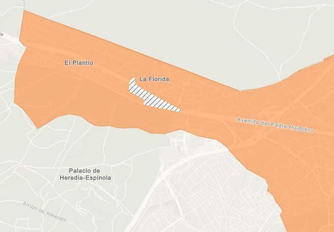 Área de libre acceso del CC Sexta Avenida, en la ZBS confinada de Aravaca (Madrid).