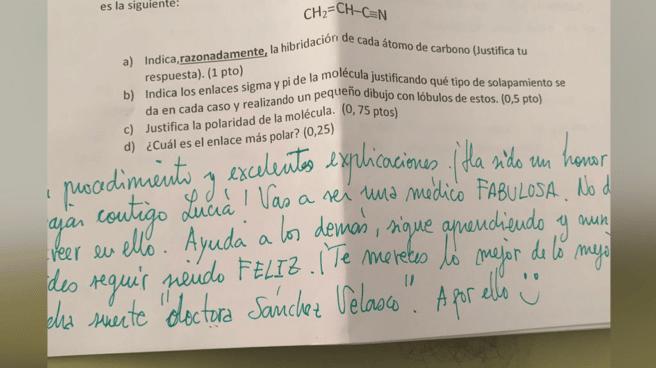 Un mensaje del examen que la alumna Lucía Sánchez ha colgado en Twitter.