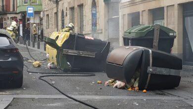 La marcha por Pablo Hasel en Bilbao acaba en ataques a la Ertzaintza y quema de contenedores