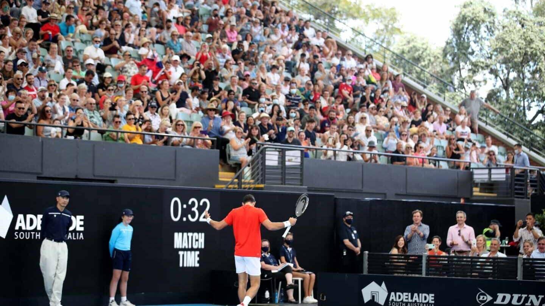 Novak Djokovic, en una exhibición en Adelaida el 29 de enero