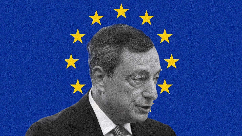 Imagen de Mario Draghi con la bandera de UE de fondo