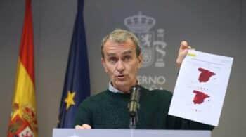 """Fernando Simón, sobre la relajación de las medidas: """"Tenemos que ir partido a partido"""""""