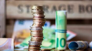 Cómo puede cambiar la banca el euro digital que apoyan Lagarde y Botín
