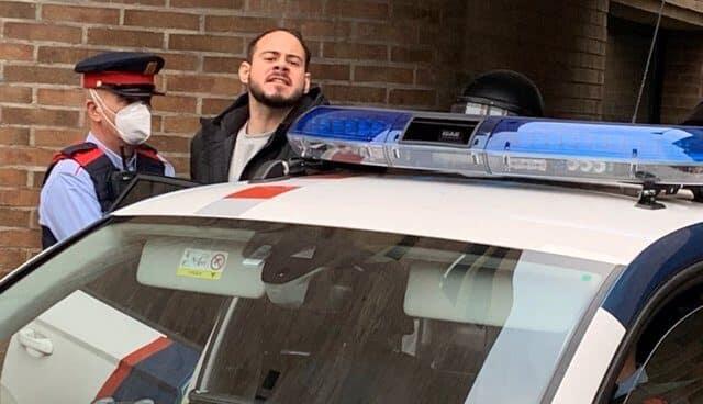 El rapero, Pablo Hasél, detenido por la Policía
