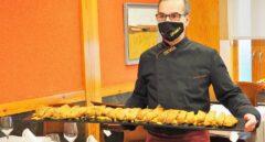 El cachopo de un metro del restaurante Urumea de Madrid.