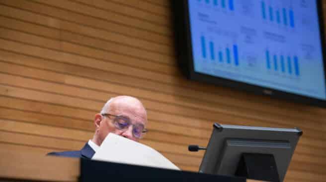 Josep Oliu, presidente de Sabadell, durante la presentación de los resultados de 2020 del banco.