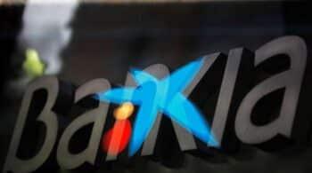 CaixaBank presentará una propuesta para igualar las condiciones de los empleados de Bankia tras el ERE
