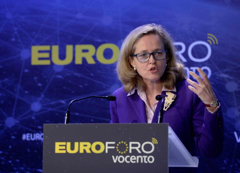 La vicepresidenta y ministra de Asuntos Económicos y Transformación Digital, Nadia Calviño, interviene en la inauguración de un foro de Vocento en Madrid.