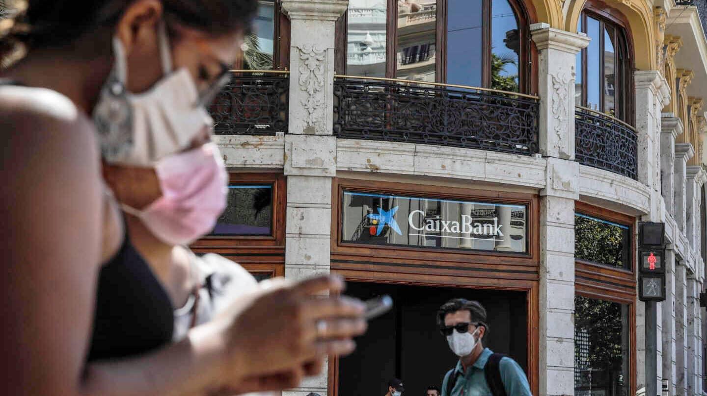 Oficina de CaixaBank en Valencia el pasado septiembre.