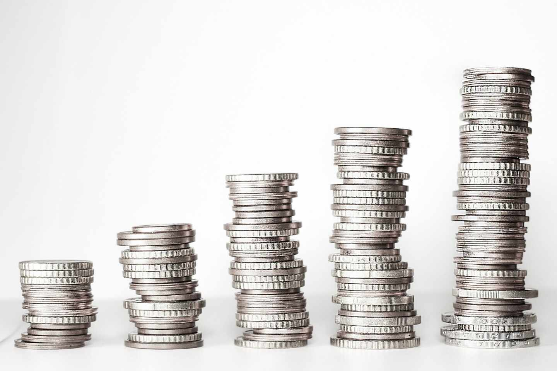 El precio de la plata se dispara ante el interés de los foreros que impulsaron a GameStop.