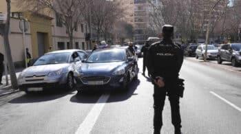 La Policía suspende a una agente que se quejó de que no le hacían el test del Covid