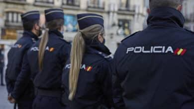 """El SUP pide al Gobierno más medios contra la violencia machista: """"Algunos policías llevan un centenar de casos a la vez"""""""