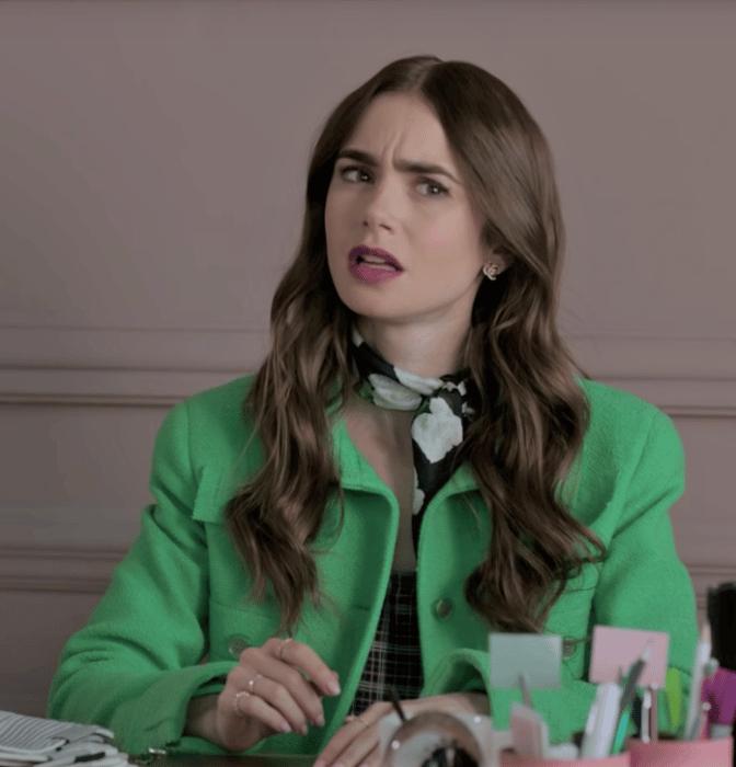 ¿Merece 'Emily en París' estar nominada en unos Globos de Oro?
