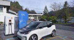 Repsol e Ibil desarrollan la primera estación de recarga para coches eléctricos con almacenamiento de energía