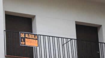 Un cuarto de los españoles que viven de alquiler ingresa menos de 14.000 euros