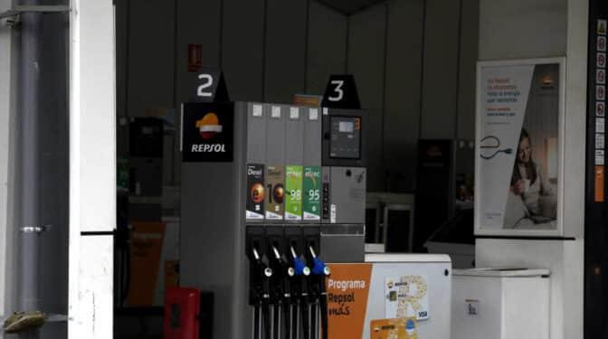 La gasolina se encarece un 7% desde noviembre y llenar el depósito cuesta 4,5 euros más