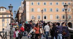 Italia se estanca en 15.000 casos diarios y plantea endurecer medidas de restricción