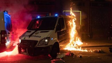 Vuelve la violencia a Barcelona: fuego, disturbios y saqueos por la libertad de Hasél