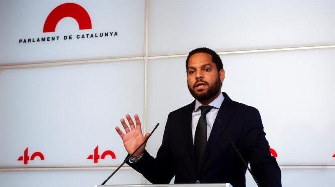 CUP, Vox y Comunes rechazan que el Parlament asuma 1,1 millones en IRPF de los diputados