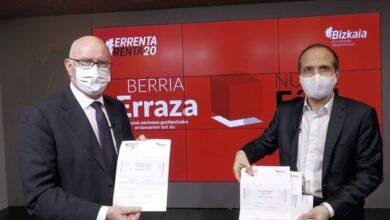 Todos los contribuyentes vizcaínos recibirán ya elaborada su declaración de IRPF