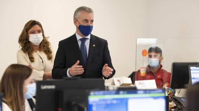 Euskadi, lejos de completar la vacunación de sanitarios: 86% en la pública, 22% en la privada