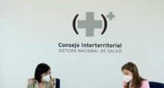 Sanidad acuerda reanudar la vacunación con AstraZeneca el próximo miércoles
