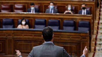 """Sánchez y Casado suben el tono en el Congreso: """"Da pena ver al PP liderado por usted"""""""