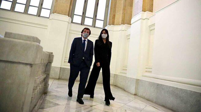 Almeida y Villacís, en el Ayuntamiento de Madrid.