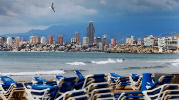 Hoteleros y expertos en Salud Pública ponen el foco en un verano libre de Covid