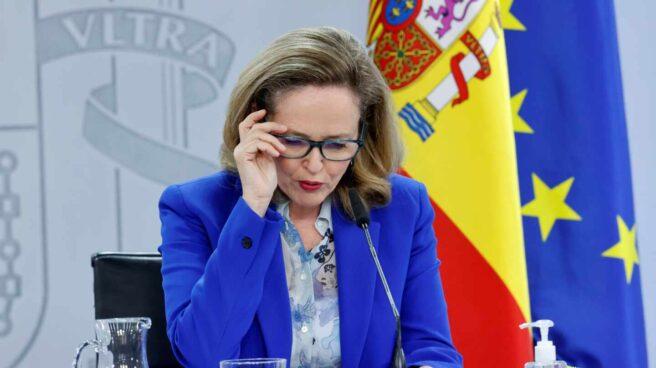 La vicepresidenta de Asuntos Económicos, Nadia Calviño, en la rueda de prensa posterior al Consejo de Ministros
