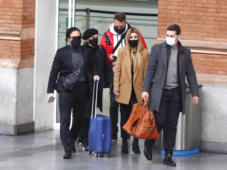 Chenoa, David Bustamante, Natalia y Manu Tenorio ponen rumbo a Barcelona para dar su último adiós a Álex Casademunt