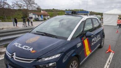 Detenido en Valencia un joven tras pegar puñetazos a un policía que le pidió que se pusiera la mascarilla