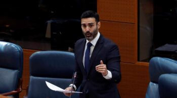 Los exdiputados de Ciudadanos Sergio Brabezo y Marta Barbán irán en la lista electoral de Ayuso