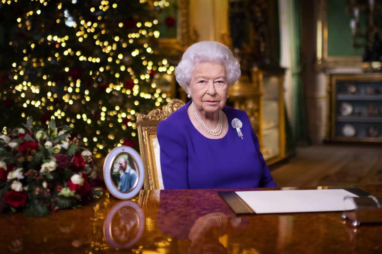 La reina de Inglaterra, Isabel II.